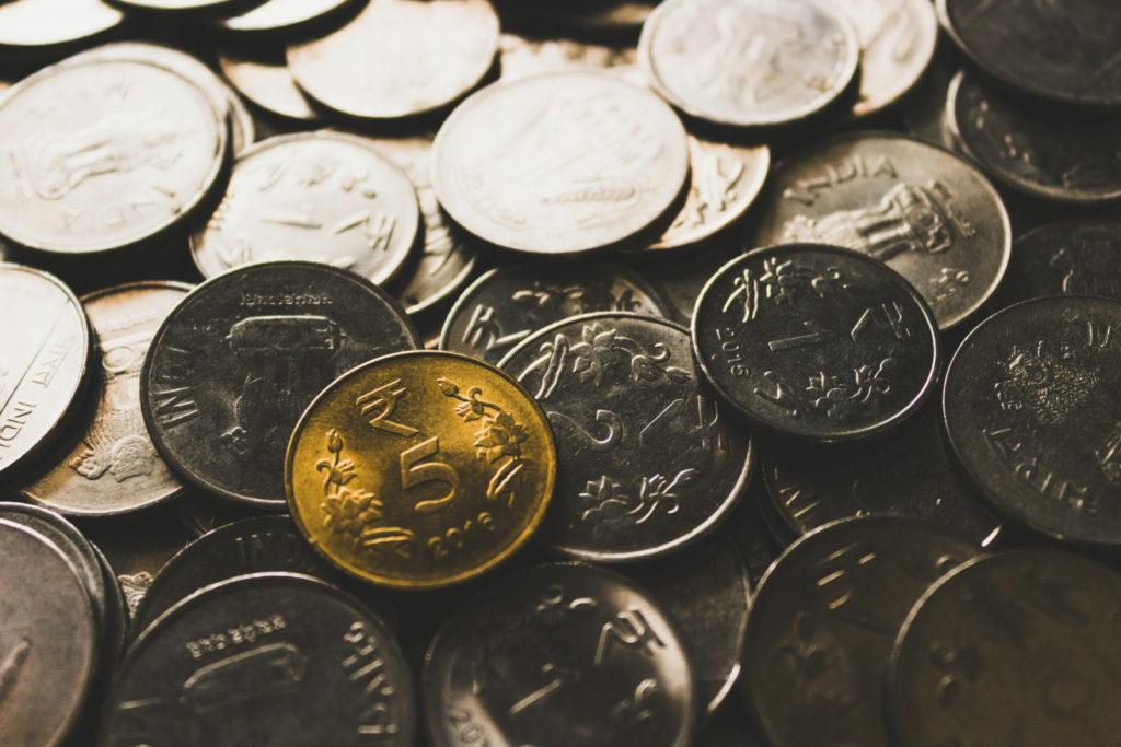 Mince, stříbrné