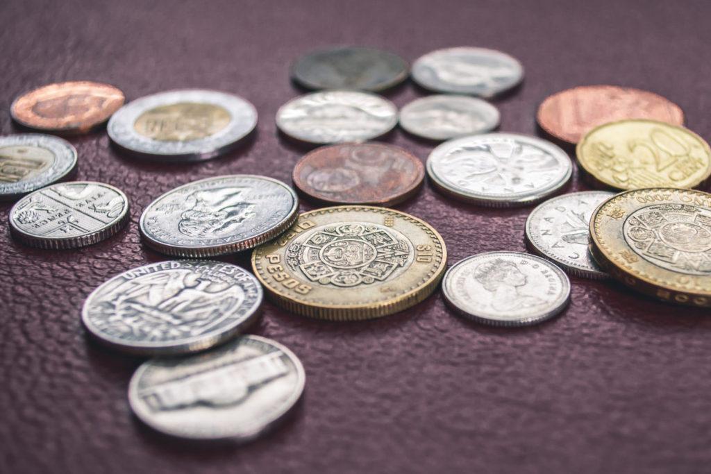 Mince, koruny, platidlo, půjčka