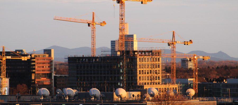 Cologne Construction  - tonisun / Pixabay